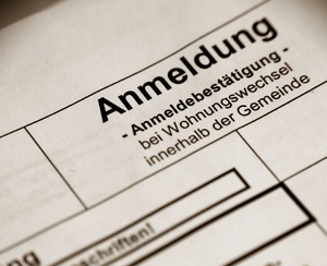Einwohnermeldeamt Schweinfurt  Öffnungszeiten © inamoomani fotolia.com