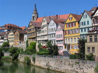 Umzugsunternehmen Tübingen - © GorillaPhoto - istockphoto.com