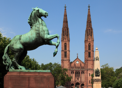 Umzugsunternehmen Wiesbaden - © Jchambers - istockphoto.com